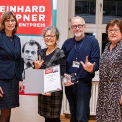 1. Preis (500 Euro): Die Stillen Rosen (Irene und Hans Jürgen Wolf, Martina Soppa)